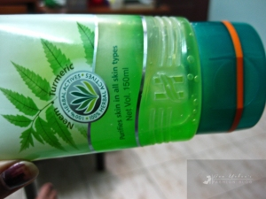 Himalaya Purifying Neem Face Wash Review
